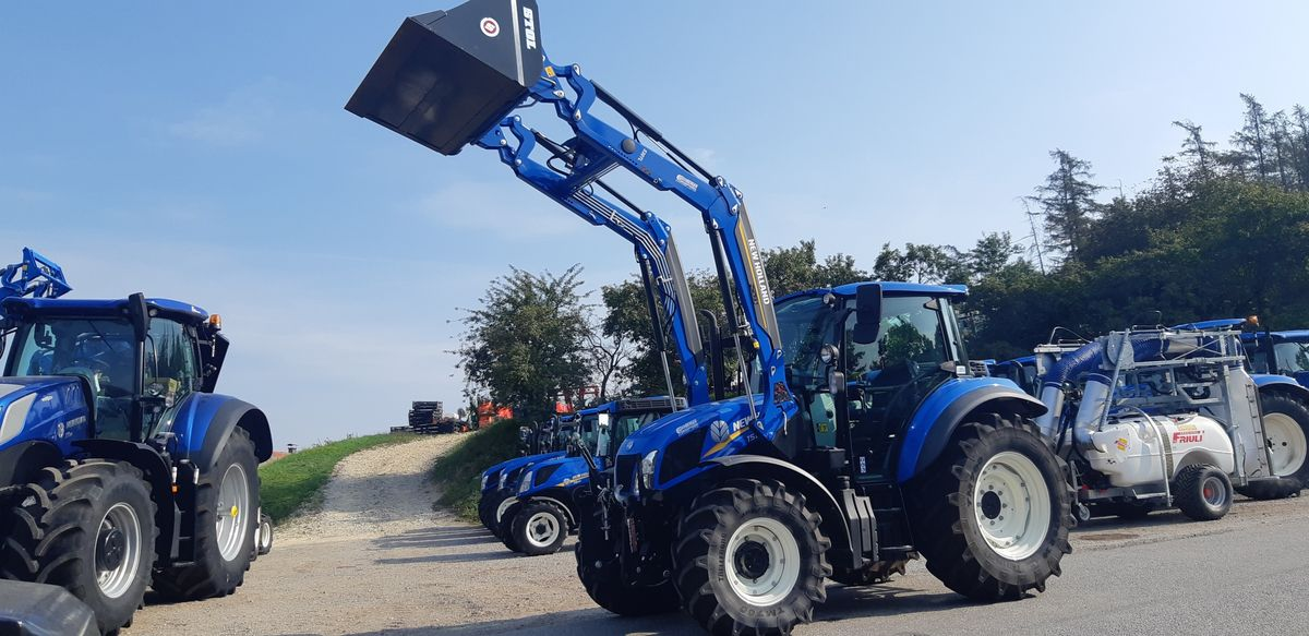 New Holland T 5.85