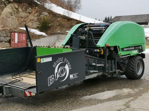 Deutz Deutz-Fahr Compactmaster mit Maisvorsatz
