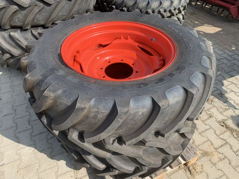Firestone 440/65R28