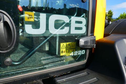 JCB 4220