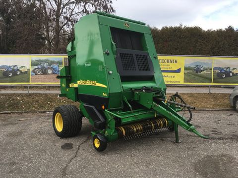 John Deere 592 CoverEdge