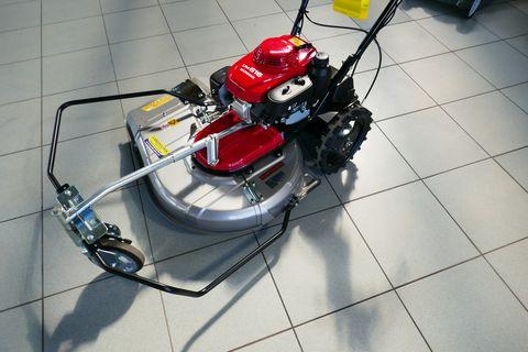Honda UM616 EBE2
