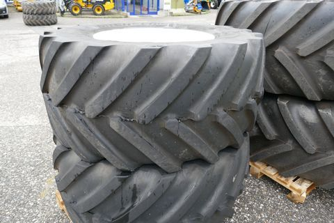 Michelin New Holland Kompletträder 710/65-38 und 600/65-2