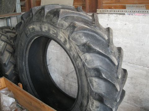 Semperit Reifen 18.4 R 38