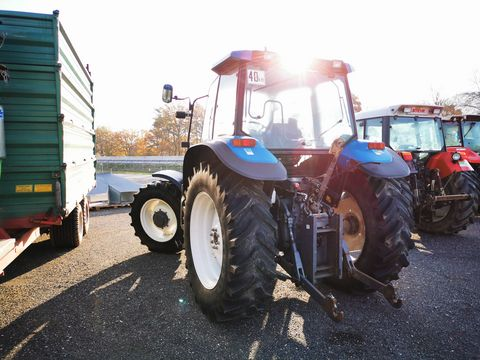 New Holland 8160