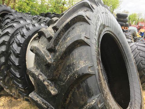 Egyéb Dneprosina 710/70 R38 traktorgumi