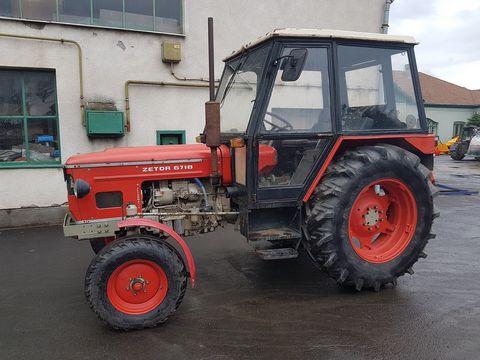 Zetor 6718 traktor