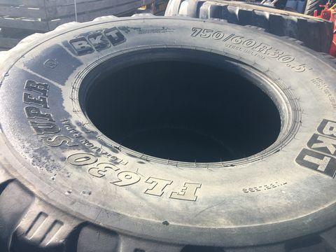 BKT 750/60R30.5 FL 630 Super / Preis pro Reifen