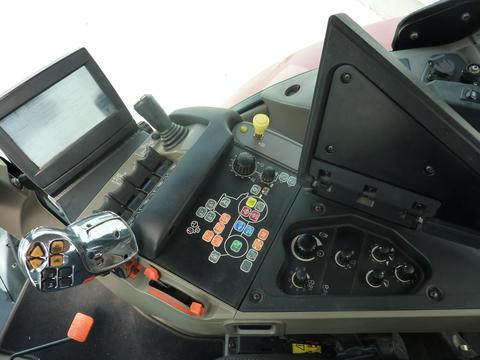 Case-IH Puma CVX 230