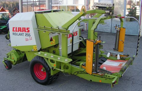 Claas Rollant 225