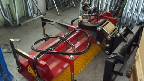 Heitmann Anbaukehrmaschine KM 570-1850