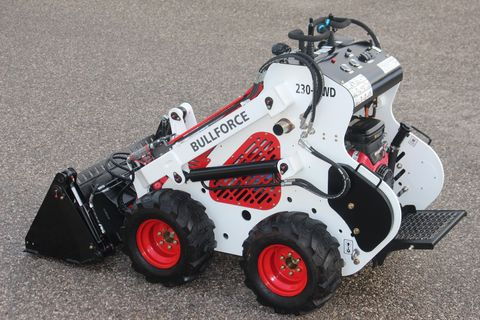 Bullforce Minilader 230-4WD