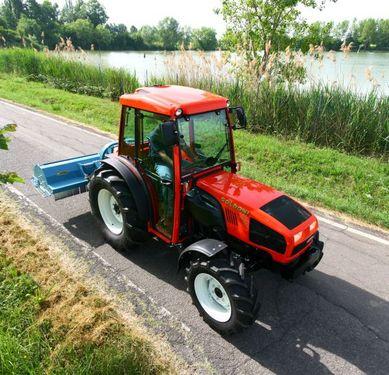 Goldoni Star 100 Traktor