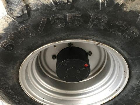 Pirelli 600/65 R28