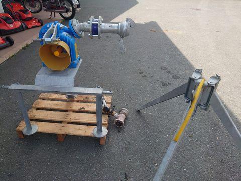 Bauer Beregnung mit Pumpe und Werfer