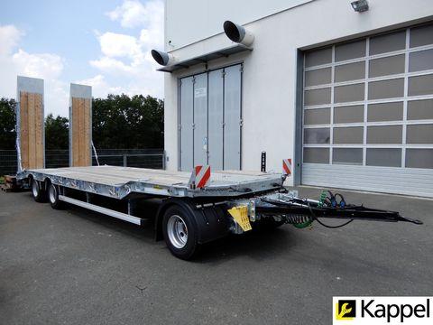 Humbaur 3-Achs-Tieflader / Verfügbar 01/2020