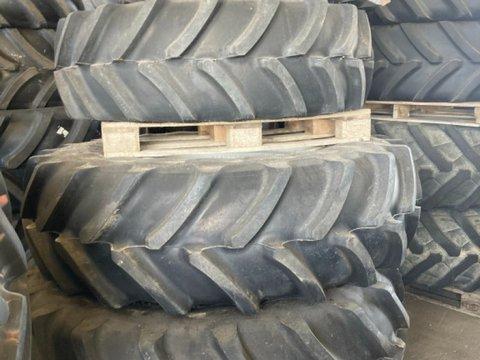 Firestone 420/85 R28 + 520/85 R38