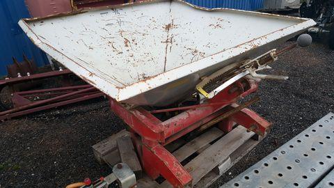 Rau Rau 2 Tárcsás 650 kg Műtrágyaszóró.