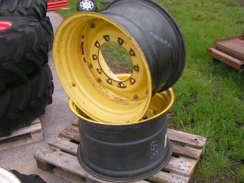 Egyéb JOHN DEERE 28-as traktorfelni