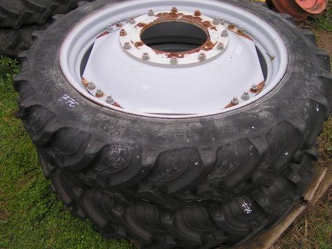 Taurus 11,2R36 traktorkerék