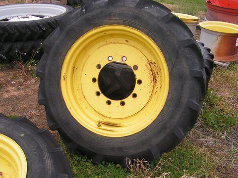 Voltyre 12,4R28 John Deere, Claas, stb..traktorkerék