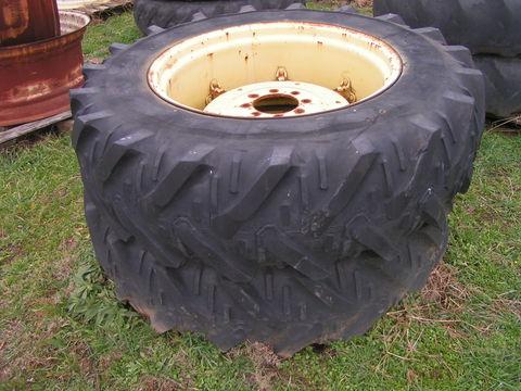 Kleber 14,9-30 traktorkerék