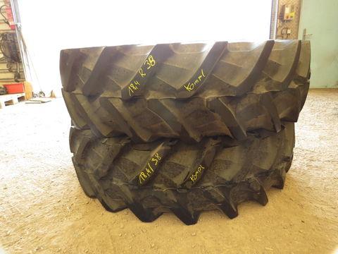 Pirelli 18.4/38 und 420/85R24 Firestone