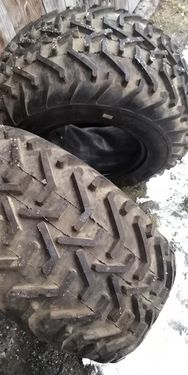 Good Year  AVON Tread lite