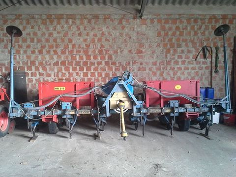 SPC 6 soros kukorica vetőgép műtrágya adagolóval