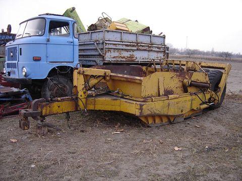 Sonstige Rome 10C vontatott földnyeső szkréperláda