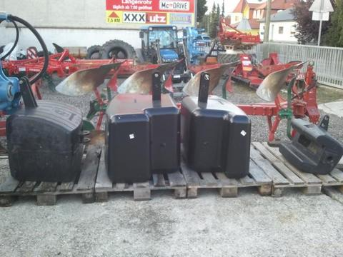 New Holland 400/650/750/1050kg