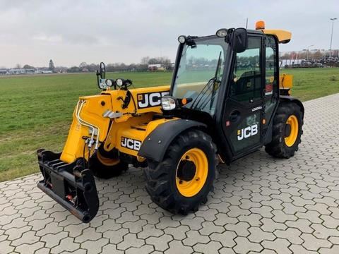 JCB 525-60 AGRI PLUS