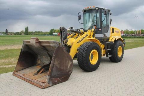 New Holland W130