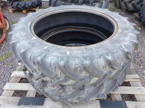 Kleber 270/95R32 x2