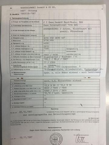 Case IH 1056 XLA