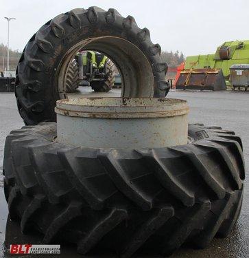 Michelin Zwillingsräder Michelin u. Pirelli