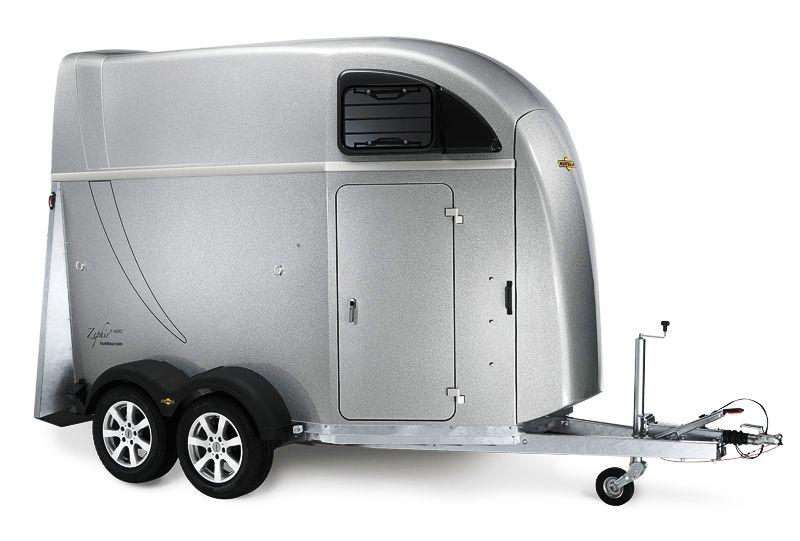 humbaur pferdeanh nger zephir aero mit vollpolyaufbau pferd. Black Bedroom Furniture Sets. Home Design Ideas