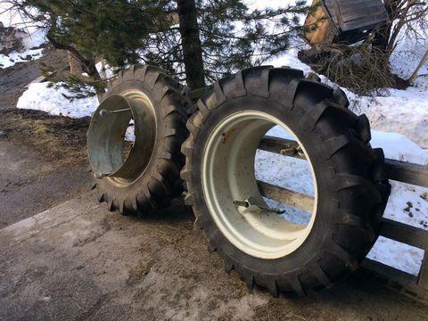 Michelin 12.4R32