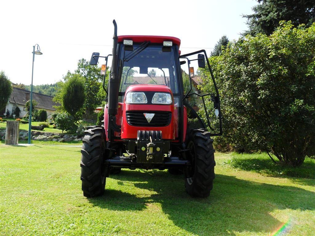 foton foton 504 winterset mit schneeschild und streuer 540 1000 tracteurs. Black Bedroom Furniture Sets. Home Design Ideas
