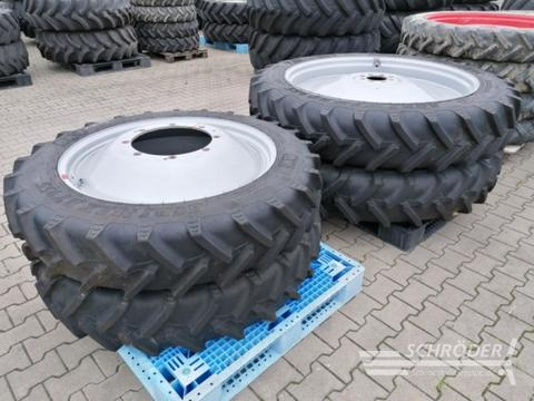 BKT 270/90 R36 und 340/85 R48 Case