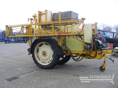 Dubex Feldspritze 4000 Ltr. Typ: 950