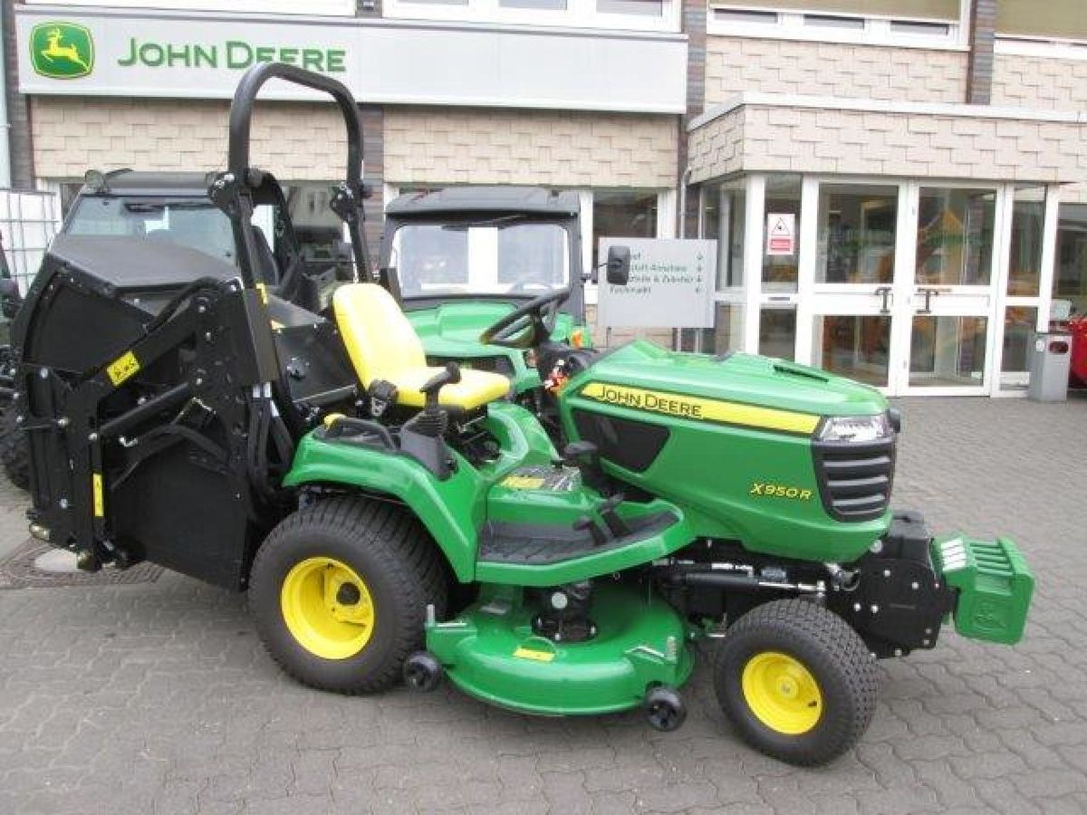 john deere x 950r hoch zimmermann gmbh kommunal und gartentechnik gk. Black Bedroom Furniture Sets. Home Design Ideas
