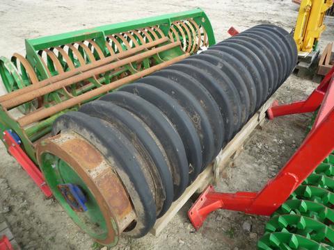 Unia Gummiwalze, gebraucht, 2350 mm breit, 670 mm Durchmesser, mit Lager