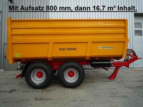 Pronar T 679-2 mit Aufsätze