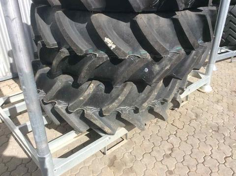 Sonstige / Other Continental 420/70R28 AC 70