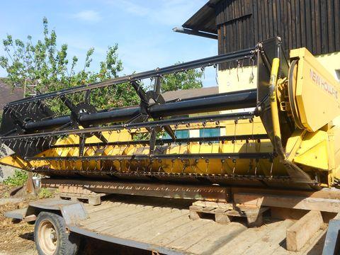New Holland Soja und Getreide Schneidwerk
