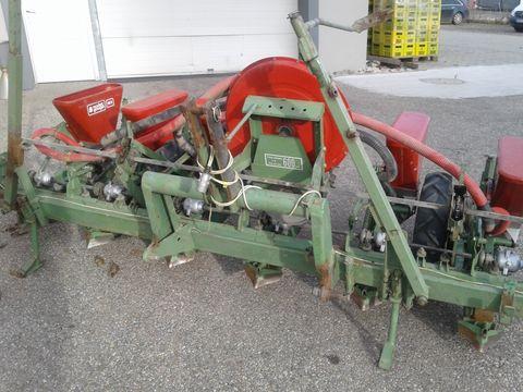 Nodet Rüben und Maissämaschine