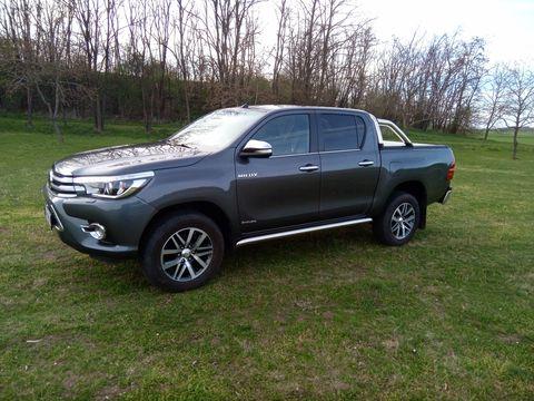 Toyota  Hilux 2,4D-4D