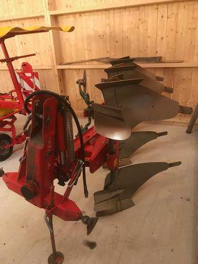 Vogel&Noot PE 3200 3-Schar-Pflug