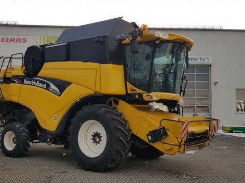 New Holland CX 820